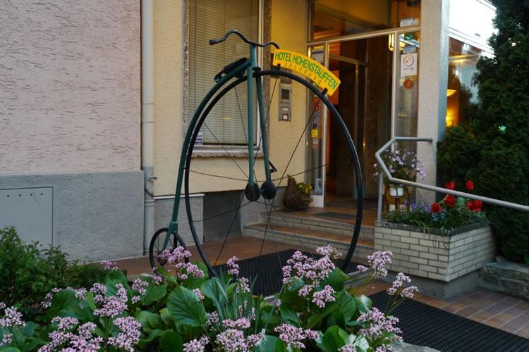 Bild Hotel Hohenstauffen Salzburg - Andreas und Fahrrad